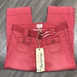 Abercrombie & Fitch NWT Twill Lexy Crops